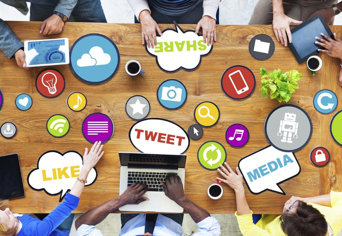 Social networking office - Gli Influencer e la convinzione di sapere